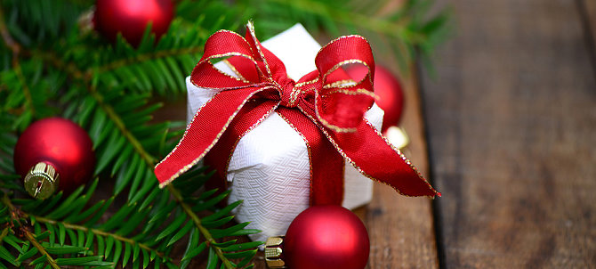 weihnachtsgeschenke f r senioren geschenkideen f r gro eltern. Black Bedroom Furniture Sets. Home Design Ideas