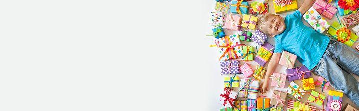 Weihnachtsgeschenke Verwandte.Einfluss Auf Die Geschenke Von Verwandten Für Kinder Nehmen